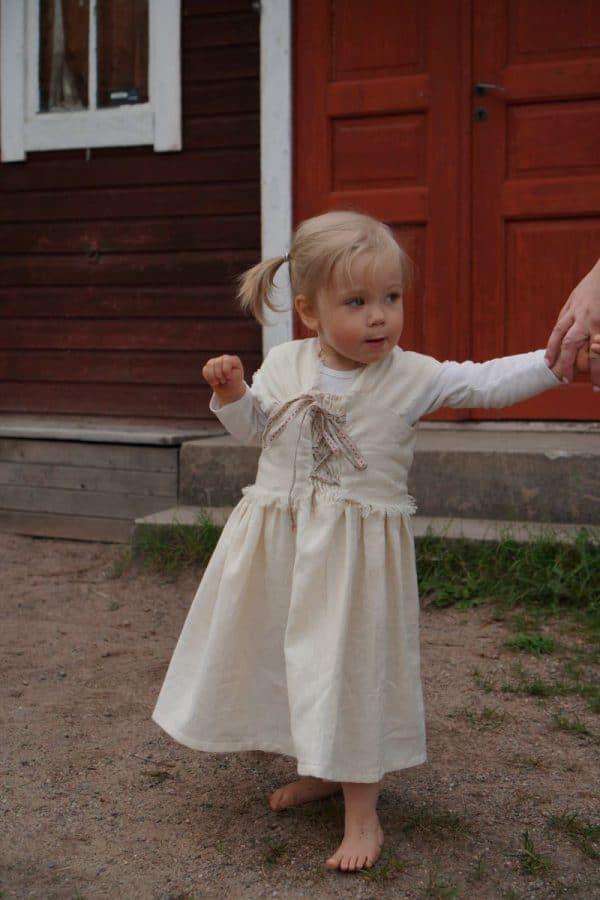 Nettlöe dress for children